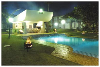 sumhot-pool-area.jpg